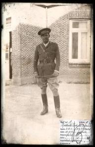 José Antonio Quintanilla, vestido de uniforme.
