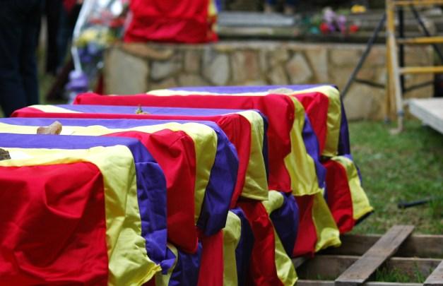 Los restos, preparados para volver a casa. Foto. José L. Sempere