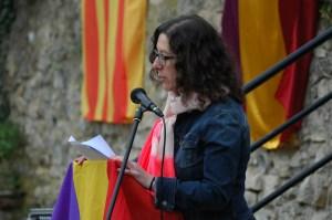 Rosalía, presentando el acto. Gracias, Rosalía
