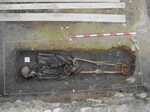 El preso número 15. Exhumado, identificado y entregado. Ya descansa en su pueblo, con su familia
